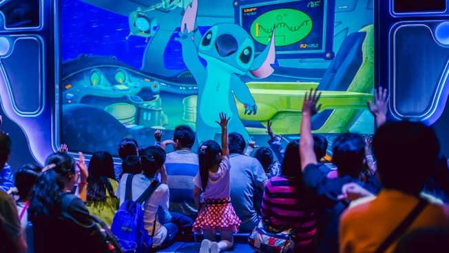 Stitch Encounter | Attractions | Shanghai Disney Resort